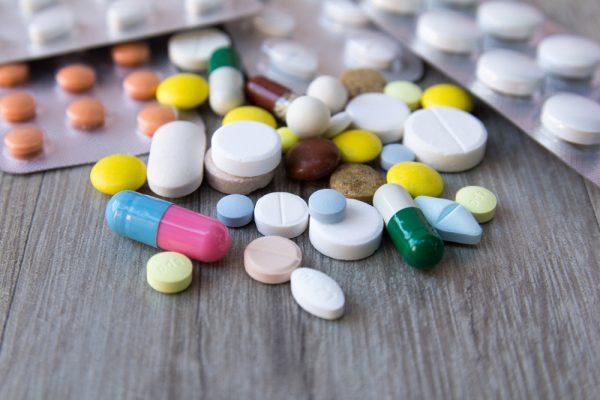 慢性化したツライ頭痛を徹底解説! 頭痛薬に頼る日々を卒業しよう!