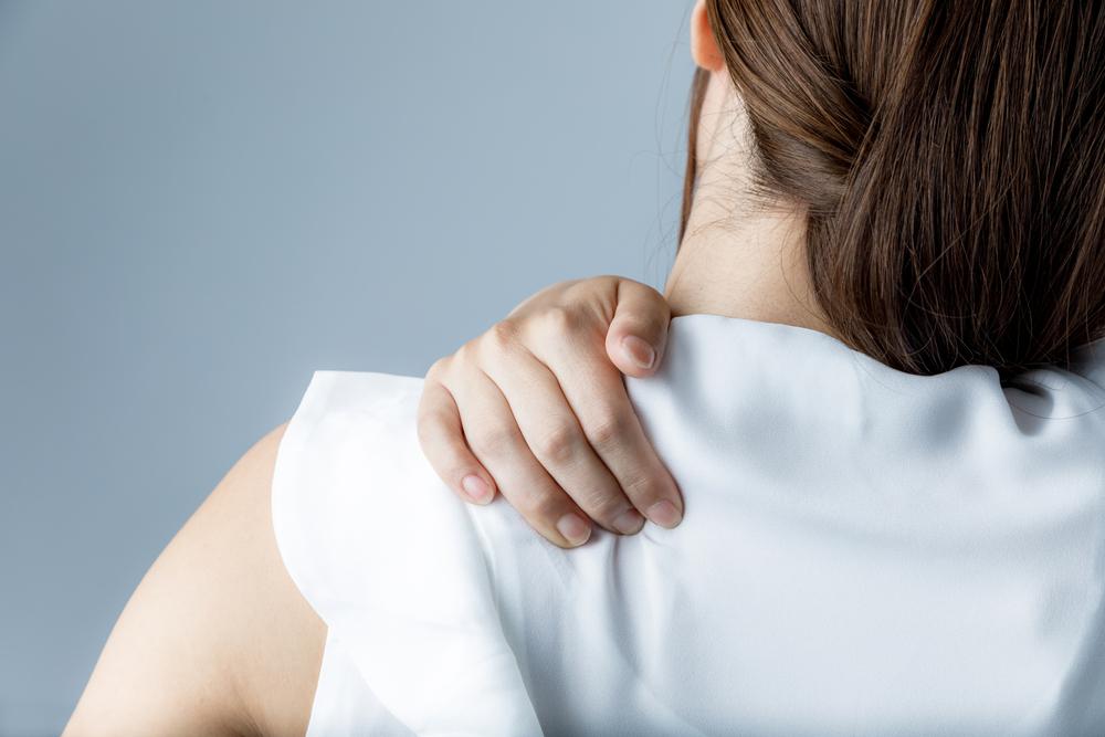 その肩こりや頭痛、自律神経の乱れが原因かも? 自律神経を整えるポイント