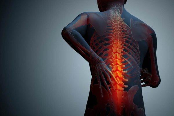 延べ6万人の施術で分かったぎっくり腰がすぐ回復する人、ひどくなる人、その違いとは?