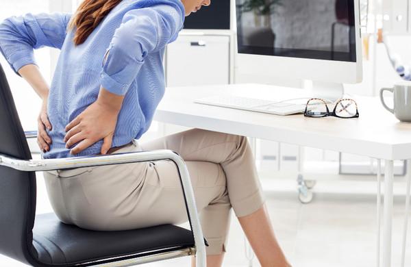 在宅勤務なのに腰痛がひどくなる2つの理由