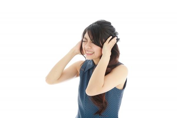 わずらわしい耳鳴りを眠りながら治す方法